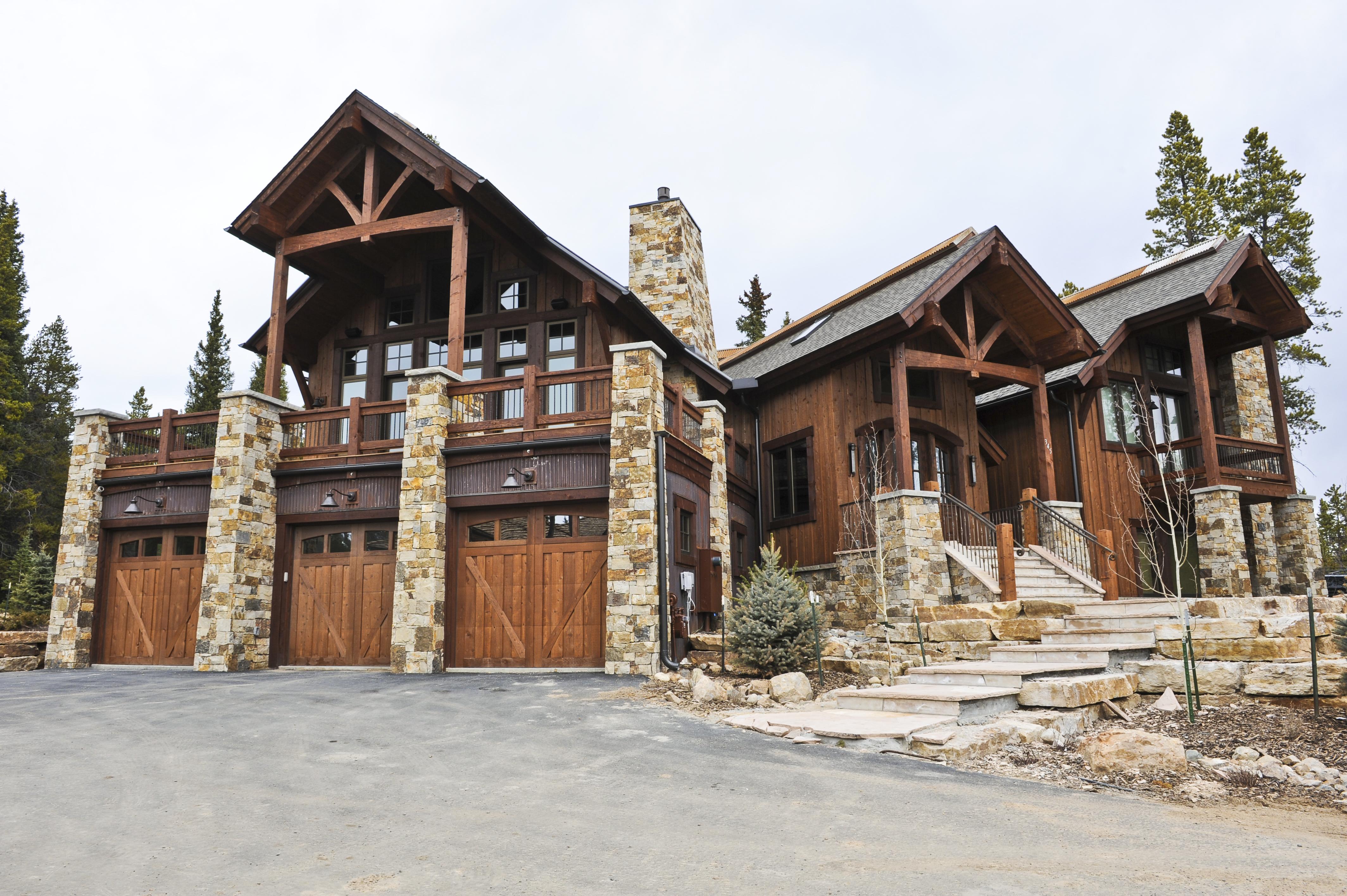 Custom built doors altitude garage doors for Custom mountain homes