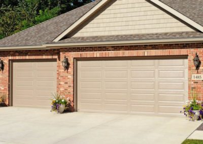 chi-long-raised-panel-garage-door-0001